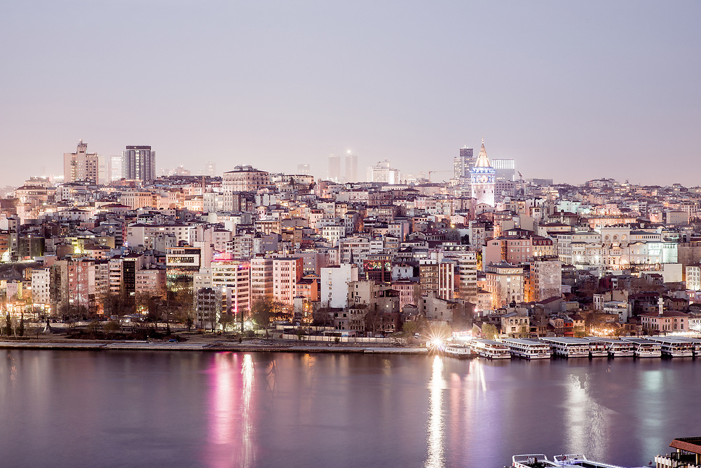 Title: Istanbul #4<br /> Year: 2017<br /> Place: Istanbul, Turkey<br /> Photographer: Ezequiel Scagnetti ©<br /> <br /> This image is property of photographer Ezequiel Scagnetti and is protected under Belgian and international copyright law. Unless written consent of photographer Ezequiel Scagnetti, this image cannot be reproduced, transmitted, manipulated or copied. Violators will be prosecuted, worldwide.