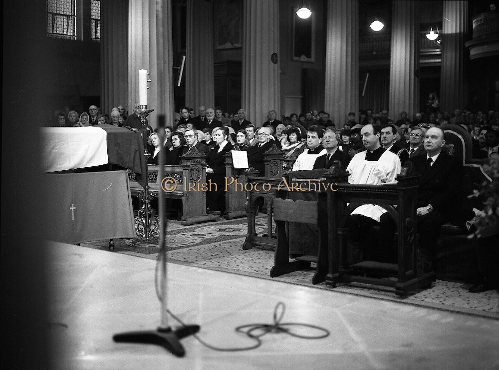 Funeral Of Sean McBride.   (R71)..1988..18.01.1988..01.18.1988..18th January 1988..Today saw the Funeral of Seán McBride.Seán MacBride was an Irish government minister, a prominent international politician and a former Chief of Staff of the IRA. His funeral took place from the Pro-Cathedral in Dublin to the family plot in Glasnevin Cemetery, Dublin.The Chief mourners were Tiernan McBride,son, Anna White,daughter and Declan White, son in law...President Hillery is pictured with An Taoiseach, Charles Haughey, at the funeral mass for Seán McBride.