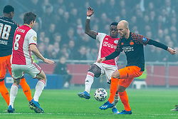 Quincy Promes #11 of Ajax and Jorrit Hendrix #8 of PSV Eindhoven in action during the match between Ajax and PSV at Johan Cruyff Arena on February 02, 2020 in Amsterdam, Netherlands