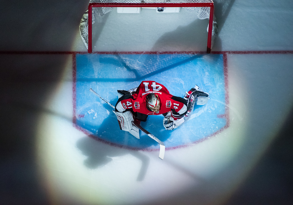 OTTAWA, ON - OCTOBER 21: Ottawa Senators Goalie Craig Anderson (41) is introduced to the crowd under the spotlight before the NHL game between the Ottawa Senators and the Toronto Maple Leafs on Oct. 21, 2017 at the Canadian Tire Centre in Ottawa, Ontario, Canada. (Photo by Steven Kingsman/Icon Sportswire)