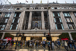 © Licensed to London News Pictures. File Picture 26/12/2019. Queues form outside Selfridges as Boxing Day bargain hunters brave the cold and the rain in Oxford Street for a chance to get large discounts on designer items. Alex Lentati/LNP