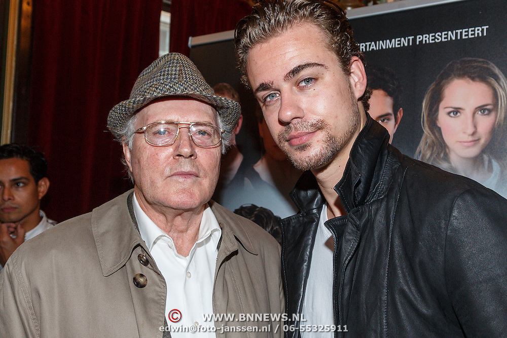 NLD/Amsterdam/20150916 - Perspresentatie Baantjer Live 2, Peter Tuinman en Beau Schneider