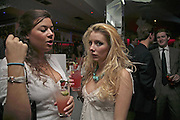 Hannah Young and Lucy Thomson, the Tatler Little Black Book party. 24 Kingly st. London. W!. 9 November 2006. ONE TIME USE ONLY - DO NOT ARCHIVE  © Copyright Photograph by Dafydd Jones 66 Stockwell Park Rd. London SW9 0DA Tel 020 7733 0108 www.dafjones.com