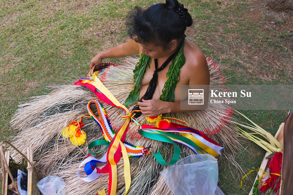 Making flower lei for Yap Day Festival, Yap Island, Federated States of Micronesia