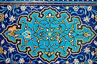 Ouzbékistan, Samarcande, classé Patrimoine Mondial de l'UNESCO, mausolée de Shah i Zinda, faience bleu // Uzbekistan, Samarkand, Unesco World Heritage, Shah i Zinda mausoleum, blue tile