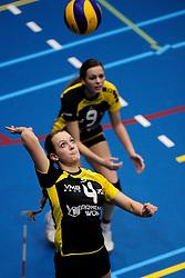 27-10-2012 VOLLEYBAL: SV DYNAMO - PRISMAWORX STRAVOC: APELDOORN<br /> Eerste divisie B vrouwen / Sanne Metsemakers<br /> ©2012-FotoHoogendoorn.nl