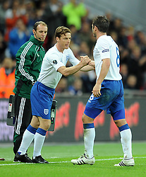 06.09.2011, Wembley Stadium, London, GBR, UEFA EURO 2012, Qualifikation, England vs Wales, im Bild England's Frank Lampard is replaced by Scott Parker during the UEFA Euro 2012 Qualifying Group G match at Wembley Stadium on 6/9/2011. EXPA Pictures © 2011, PhotoCredit: EXPA/ Propaganda Photo/ Chris Brunskill +++++ ATTENTION - OUT OF ENGLAND/GBR+++++