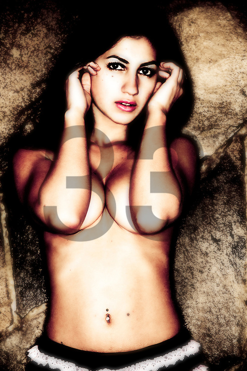 Adriana Becerra - Model