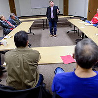 010814       Cable Hoover<br /> <br /> Senator George Munoz, center, meets with representative from local government and businesses to discuss the upcoming legislative session Wednesday at the Gallup Chamber of Commerce.