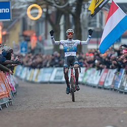 14-01-2018: Wielrennen: NK Veldrijden: Surhuisterveen<br /> Vierde titel voor Mathieu van der Poel