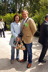 MARTIN CLUNES and his wife PHILIPPA BRAITHWAITE at the 2008 Chelsea Flower Show 19th May 2008.<br /><br />NON EXCLUSIVE - WORLD RIGHTS