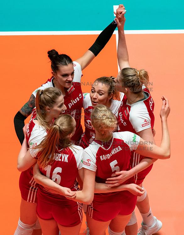 29-05-2019 NED: Volleyball Nations League Poland - Brazil, Apeldoorn<br /> Agnieszka KakolewskaC #5 of Poland, Monika Bociek #11 of Poland, Marlena Plesnierowicz #20 of Poland, Klaudia Alagierska #3 of Poland