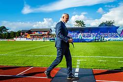 August 12, 2018 - FlorÃ, NORWAY - 180812 Lars Bohinen, head coach of Aalesund,  during the OBOS-ligaen match between Florø and Aalesund on August 12, 2018 in Florà (Credit Image: © Marius Simensen/Bildbyran via ZUMA Press)
