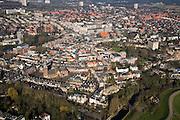 Nederland, Gelderland, Wageningen, 11-02-2008; stadscentrum met de Grote Kerk aan de Markt, links boven het midden gebouwen van de Landbouw Universiteit, rechtsonder de Rijndijk (Grebbedijk)..luchtfoto (toeslag); aerial photo (additional fee required); .foto Siebe Swart / photo Siebe Swart