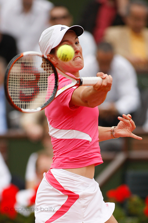 Roland Garros. Paris, France. June 7th 2007..1/2 Finals..Justine HENIN against Jelena JANKOVIC.