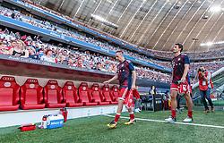02.08.2017, Allianz Arena, Muenchen, GER, Audi Cup, FC Bayern Muenchen vs SSC Neapel, Spiel um Platz 3, im Bild Franck Ribery (FC Bayern Muenchen), Mats Hummels (FC Bayern Muenchen) // during the Audi Cup 3rd place Match between FC Bayern Munich  and SSC Napoli at the Allianz Arena, Munich, Germany on 2017/08/02. EXPA Pictures © 2017, PhotoCredit: EXPA/ JFK