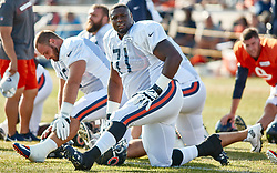 July 28, 2018 - Bourbonnais, IL, U.S. - BOURBONNAIS, IL - JULY 28: Chicago Bears offensive guard Earl Watford (71) participates in drills during the Chicago Bears training camp on July 28, 2018 at Olivet Nazarene University in Bourbonnais, Illinois. (Photo by Robin Alam/Icon Sportswire) (Credit Image: © Robin Alam/Icon SMI via ZUMA Press)