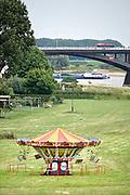 Nederland, Nijmegen, 11-7-2017 De voorbereidingen voor de komende vierdaagse en bijhorende zomerfeesten zijn in volle gang. Op vele locaties in de stad zoals bij het festival op het eiland wodt gewerkt aan de podia en fietsenrekken in het centrum worden verwijderd.  Zaterdag gaan de zomerfeesten in de stad van start en vanaf dinsdag de lopers aan de 4daagse Foto: Flip Franssen
