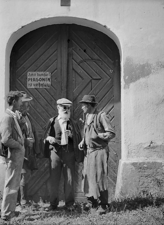 Men on Break at Zeilinger Scythe Works, Knittelfeld, Austria, circa 1933