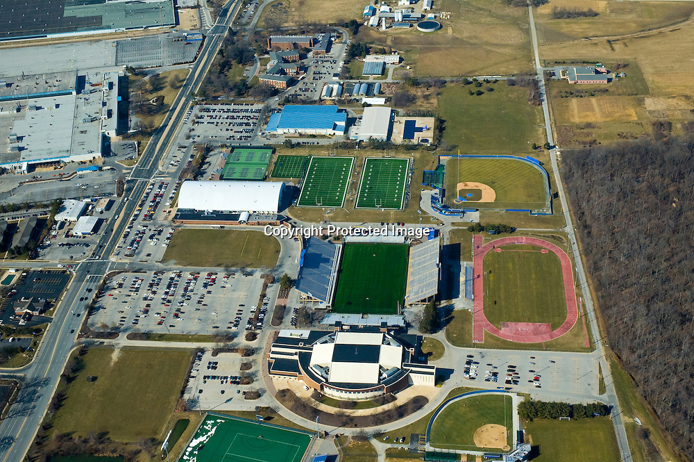 aerial view, University of Delaware, Home of the Blue hens college football, newark delaware, main campus, the green, main street, pld college, the towers