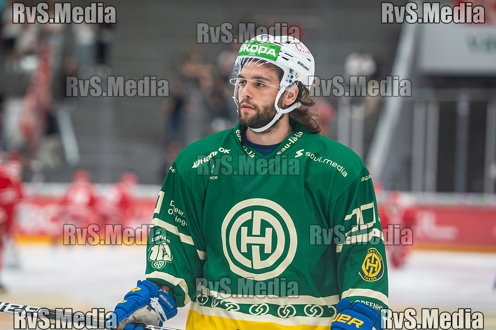 LAUSANNE, SWITZERLAND - SEPTEMBER 24: Julian Schmutz #37 of HC Davos warms up prior the Swiss National League game between Lausanne HC and HC Davos at Vaudoise Arena on September 24, 2021 in Lausanne, Switzerland. (Photo by Monika Majer/RvS.Media)