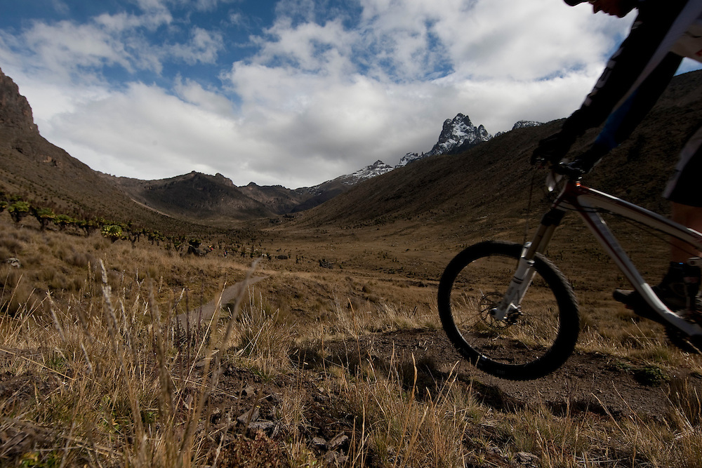 Location: Mont Kenya (Kenya) Urge Kenya 09/ The ultimate Mountain Bike gravity adventure at Mont-Kenya Rider Rene Wildhaber
