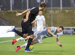 Sebastian Czajkowski (FC Helsingør) falder i kamp med Andreas Kaltoft (Vendsyssel FF) under kampen i 1. Division mellem FC Helsingør og Vendsyssel FF den 18. september 2020 på Helsingør Stadion (Foto: Claus Birch).
