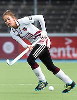 AMSTELVEEN - HOCKEY - Eva de Goede van Amsterdam tijdens de hoofdklasse hockeywedstrijd tussen de vrouwen van Amsterdam en MOP (2-0). FOTO KOEN SUYK