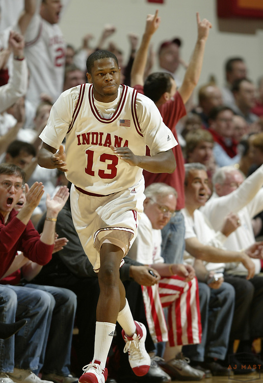 26 January 2008: Indiana guard/forward Jamarcus Ellis (13)  as the Indiana Hoosiers played the University of Connecticut Huskies in a college basketball game in Bloomington, Ind.