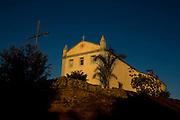 Pedras de Maria da Cruz _ MG, Brasil...Igreja catolica na comunidade de Pedras de Maria da Cruz...The catholic church in Pedra de Maria da Cruz community...Foto: LEO DRUMOND /  NITRO