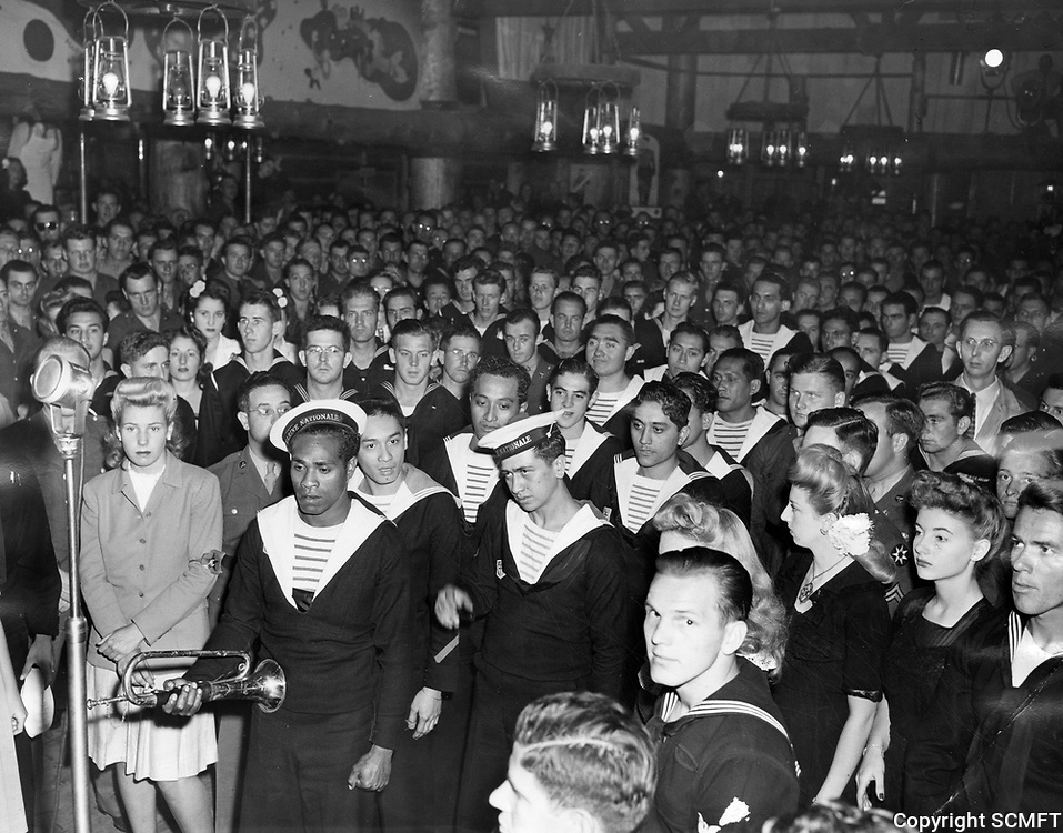 11/7/43 French sailors join U.S. servicemen at the Hollywood Canteen