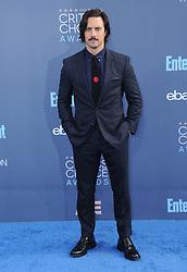 Milo Ventimiglia  bei der Verleihung der 22. Critics' Choice Awards in Los Angeles / 111216