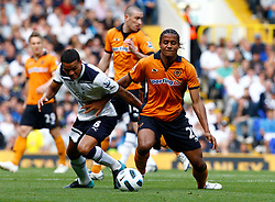 18.09.2010, White Hart Lane, London, ENG, PL, Tottenham Hotspur vs Wolverhampton Wanderers, im Bild Tottenham's Jermaine Jenas and Michael Mancienne of Wolverhampton Wanderers (on loan from Chelsea). EXPA Pictures © 2010, PhotoCredit: EXPA/ IPS/ Kieran Galvin +++++ ATTENTION - OUT OF ENGLAND/UK +++++ / SPORTIDA PHOTO AGENCY