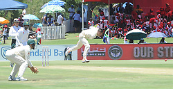 Pretoria 26-12-18. The 1st of three 5 day cricket Tests, South Africa vs Pakistan at SuperSport Park, Centurion. Day 1. South African bowler Duanne Olivier bowls from the Hennops River end.<br /> Picture: Karen Sandison/African News Agency(ANA)