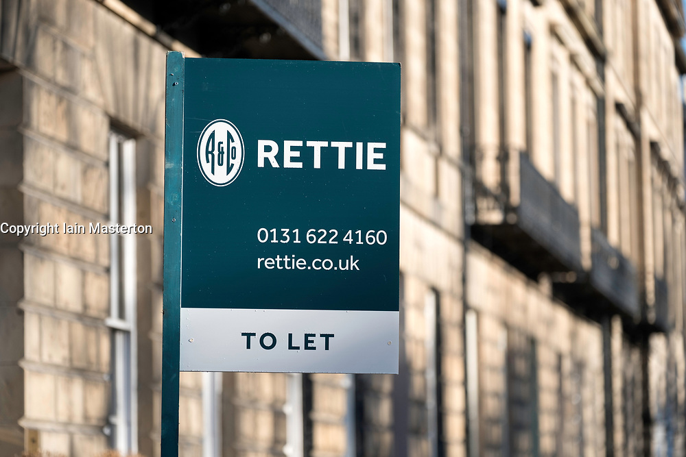 Sign board showing flat for rent in Edinburgh New Town , Scotland, united kingdom