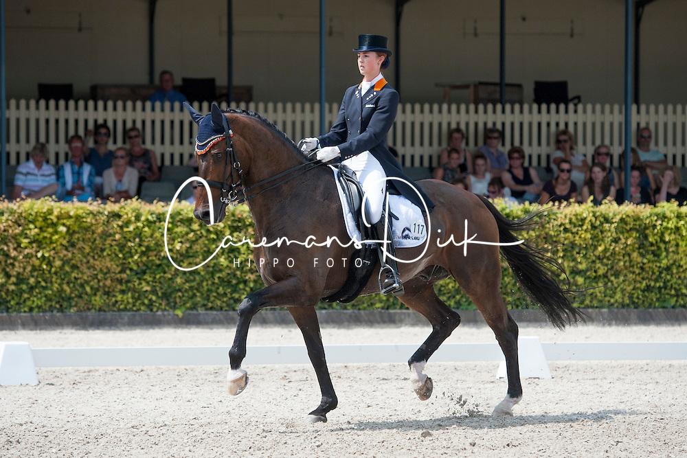 Houtvast Danielle, (NED), Uthah<br /> V2 Facility Prijs - Grand Prix U25<br /> Dutch Championship Dressage - Ermelo 2015<br /> © Hippo Foto - Leanjo de Koster<br /> 17/07/15