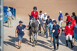 KRAUT Laura (USA), Zeremonie<br /> Tryon - FEI World Equestrian Games™ 2018<br /> 2. Qualifikation Teamwertung 2. Runde<br /> Stechen Jump-Off<br /> 21. September 2018<br /> © www.sportfotos-lafrentz.de/Stefan Lafrentz