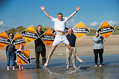 Willie Rennie attempts to walk on water | St Andrews | 3 June 2017