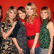 NLD/Hilversum/20061227 - Perspresentatie X-Factor kandidaten, groep X6, Daniëlle, Loïs, Sanne, Amber, Roos en Ryanne