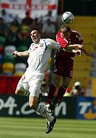 Fotball, Alveira Portugal, EM, Euro 2004, 150604, Tsjekkia - Latvia ,<br /> OLEGS BLAGONADEZVSKIS (LATVIA) <br /> JAN KOLLER  CZECH REPUBLIC)<br /> Photo Roger Parker ,Digitalsport