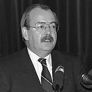 Minister Relus Ter Beek op Soesterberg