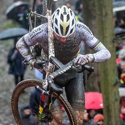 22-12-2019: Cycling: CX Worldcup: Namur: Mathieu van der Poel on the climb
