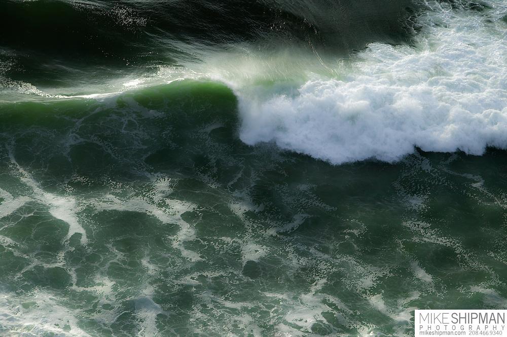 Overhead view of curling wave, Oregon Coast