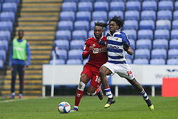 Antoine Semenyo of Bristol City and Ovie Ejaria of Reading tussle for the ball - Mandatory by-line: Arron Gent/JMP - 28/11/2020 - FOOTBALL - Madejski Stadium - Reading, England - Reading v Bristol City - Sky Bet Championship