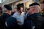 Matteo Salvini nel suo tour in Toscana a  Cecina (LI) circondato da agenti della Polizia in divisa e in borghese<br /> 22 aprile 2015 . Daniele Stefanini /  OneShot