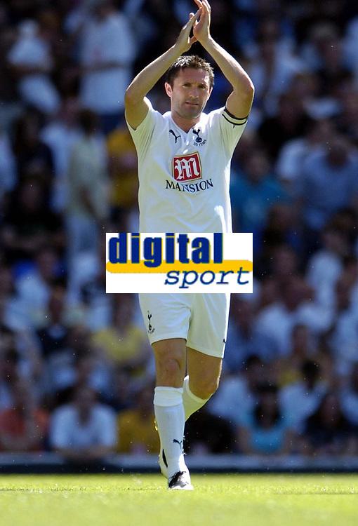 Photo: Olly Greenwood.<br />Tottenham Hotspur v Torino. Pre Season Friendly. 04/08/2007. Robbie Keane celebrates scoring