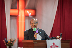 27 October 2019, Addis Ababa, Ethiopia: EECMY president Rev. Yonas Dibisa preaches during Sunday service at the Finfinne Oromo Mekane Yesus Congregation of the Ethiopian Evangelical Church Mekane Yesus. In a context where congregations did not use to be allowed to hold their services in any language but Amharic, the congregation today is one of some 60 Oromo speaking Mekane Yesus congregations in Addis Ababa. The service takes place on the first Sunday following political turmoil in the country, claiming dozens of lives.