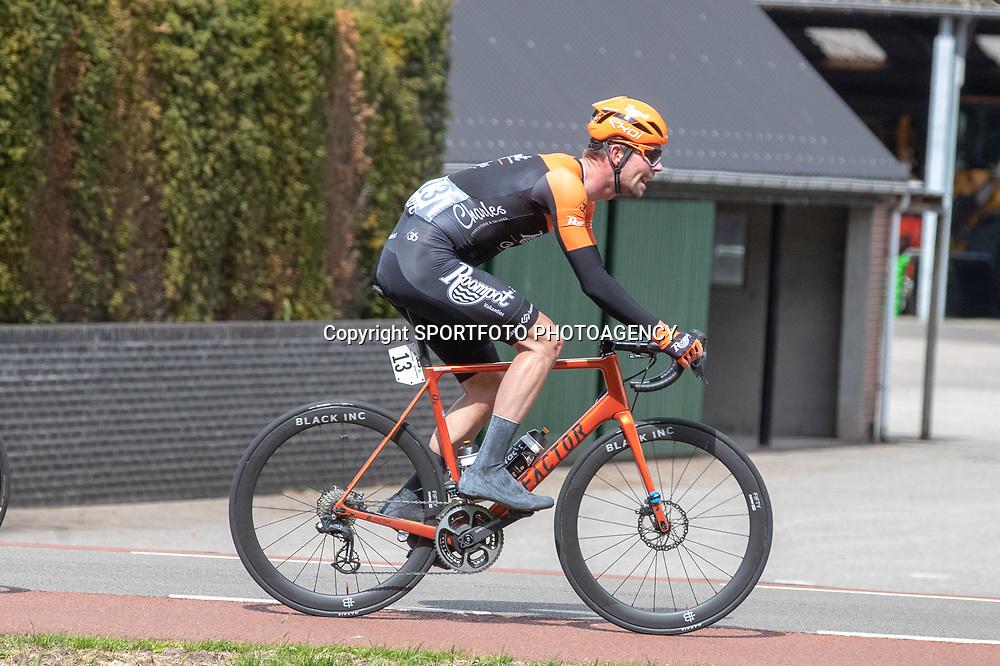04-05-2019: Wielrennen: Ronde van Overijssel: Rijssen<br />Elmar Reinders