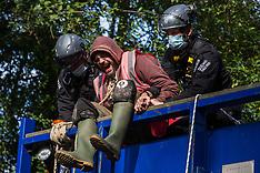2020-09-28 Anti-HS2 activists block HGV in Denham