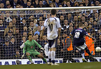 Photo: Olly Greenwood.<br />Tottenham Hotspur v Southend United. The FA Cup. 27/01/2007. Southend's Freddy Eastwood scores a penalty
